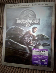 Blu-Ray_JurassicWorld_300